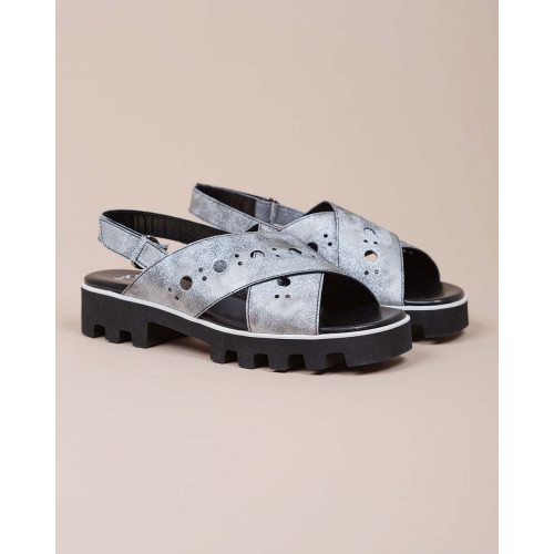 Achat Calf leather flat sandals with straps and decorative perforation pattern - Jacques-loup