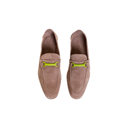 Beige moccasins with rubber...