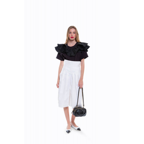 White divided skirt Marc...