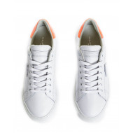 "White sneakers with orange counter ""Temple"" Philippe Model for women"