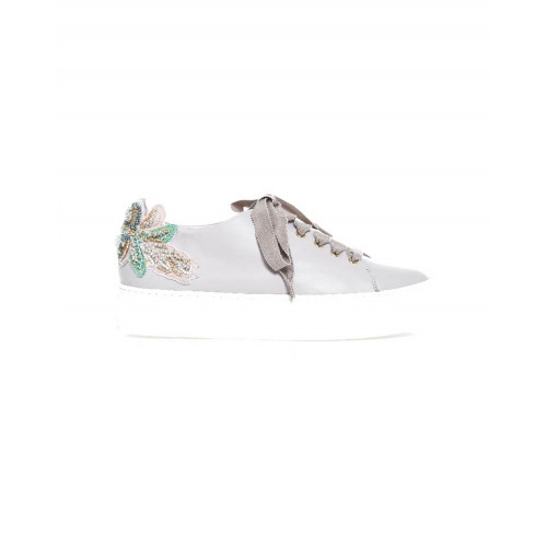 Sneakers Jacques Loup with embroidered flowers on the heel for women