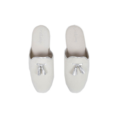 "Indoor mules Line Loup ""Caroline"" ivory with silver tassels for women"
