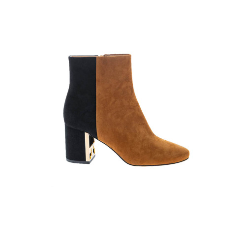 """Gigi Boot"" Suede boots with round tip 70"