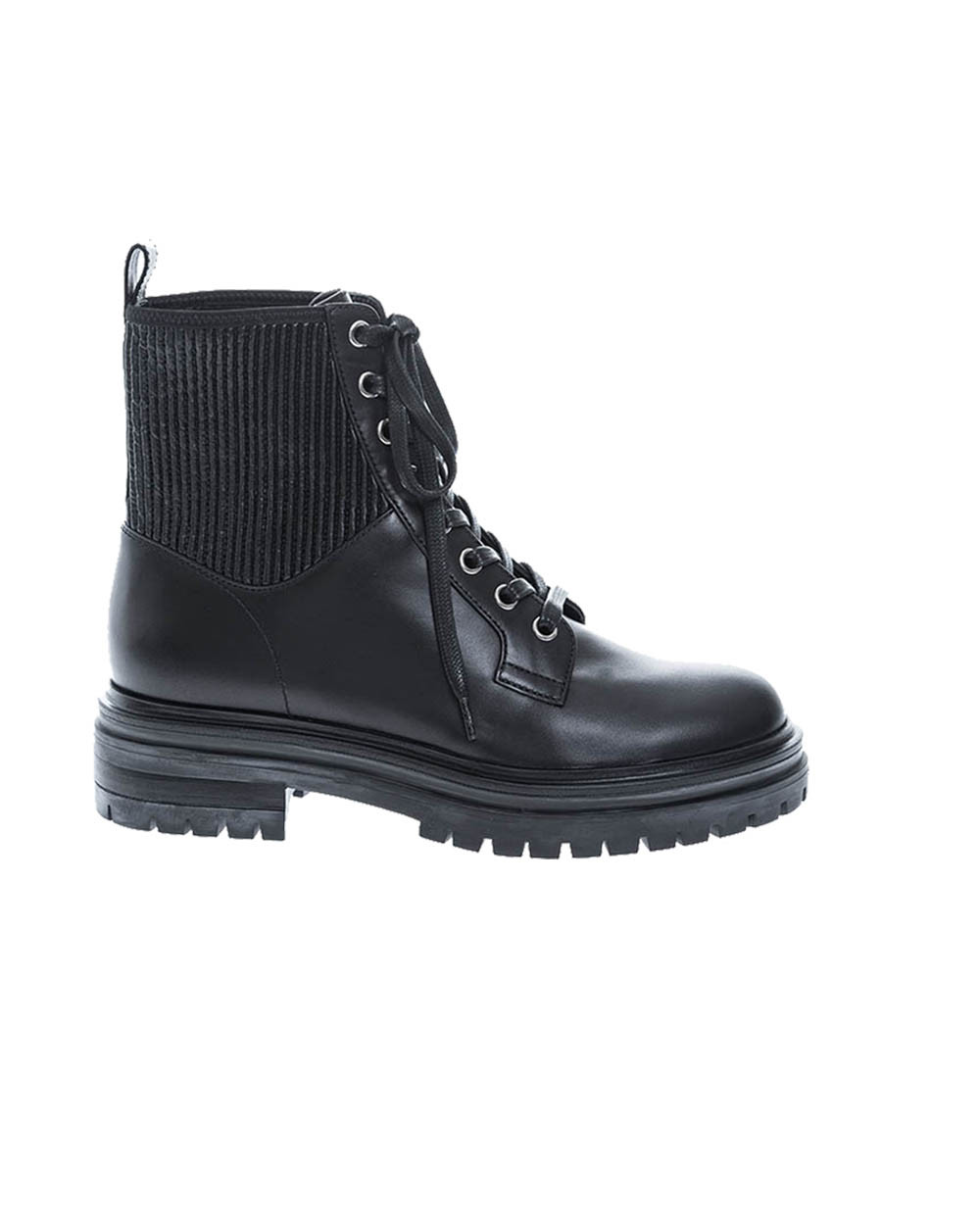 Leather boots with laces 20