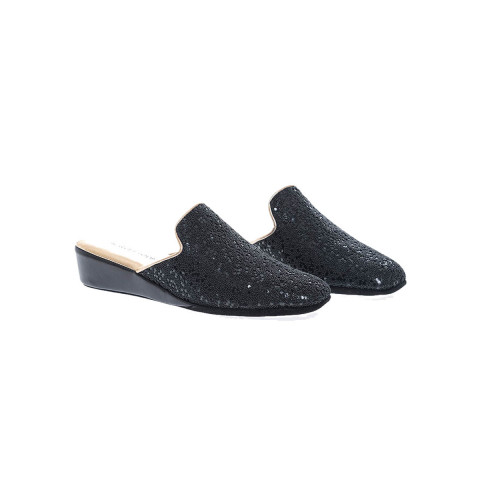 Pearled tissue indoor mules closed-toes 30