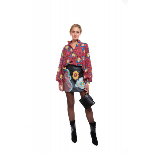 Long sleeves shirt in bordeaux with blue and yellow patterns