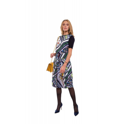 Silk pleased skirt with print